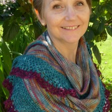 Shawl with knit and crochet