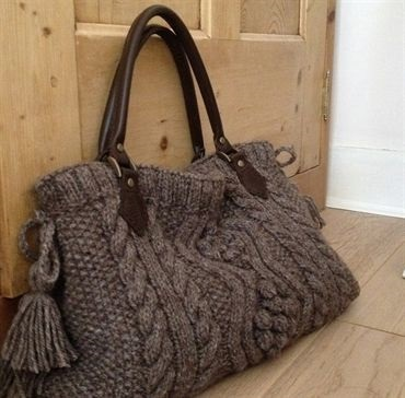 knitted-bags
